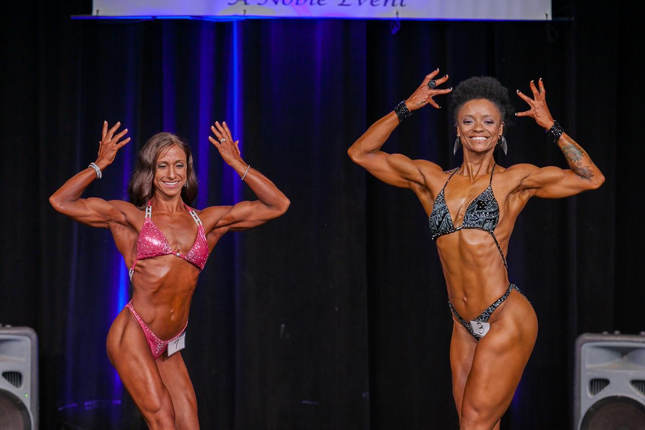 Lindsey Zahniser (Class A winner) & Rashidat Boston (Class B Winner)